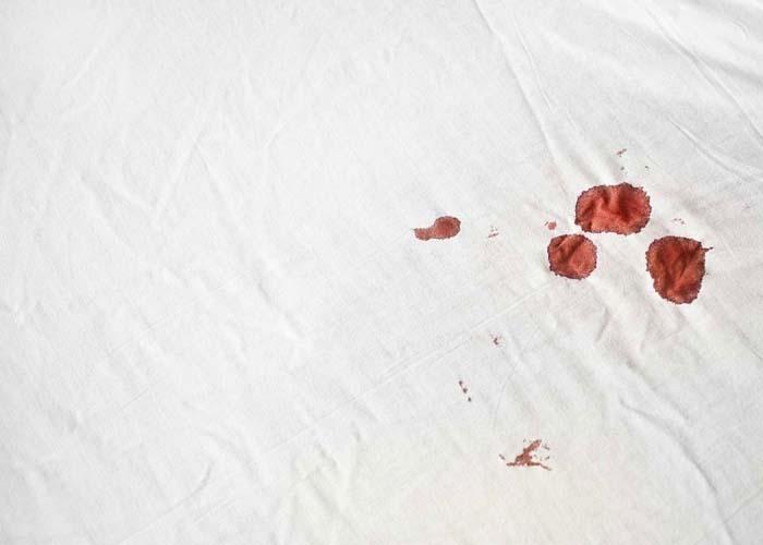 Blood out of a mattress